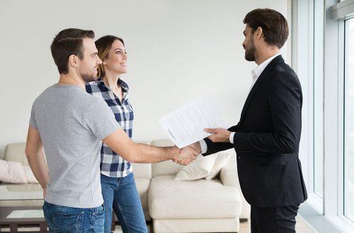 بررسی خانه توسط صاحب خانه